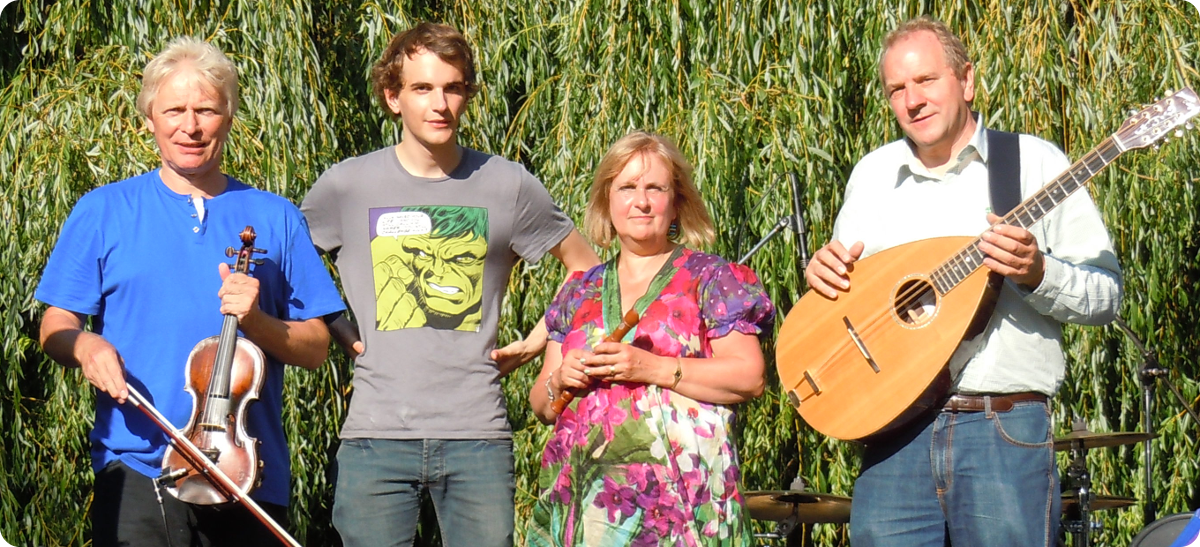 Bullenbush-Band-English-Folk-Band